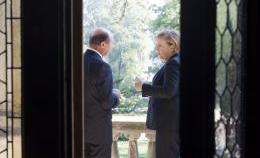 Basescu-Merkel: scenariul pactului secret